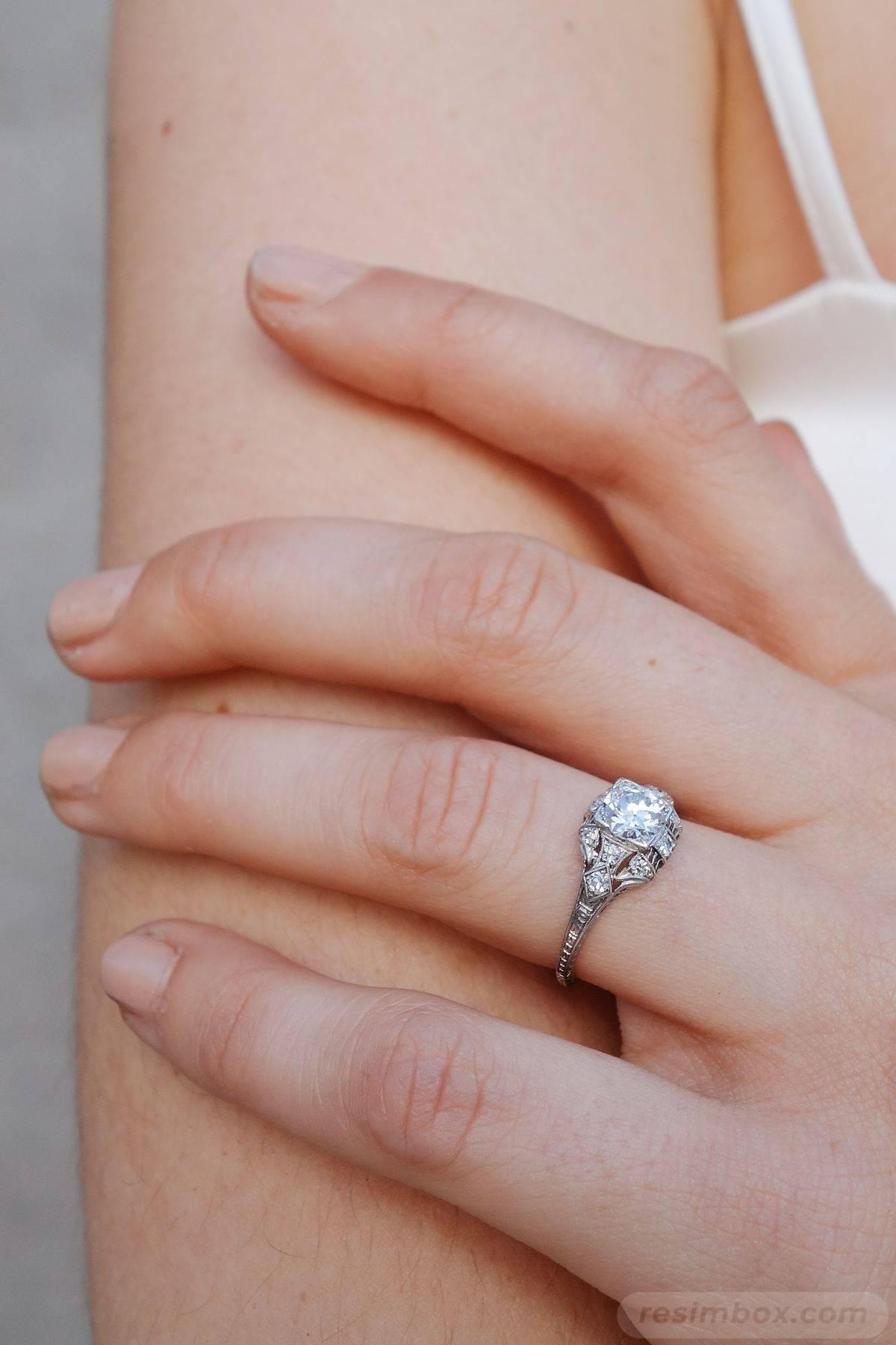 Art deco engagement ring-22306960641542431
