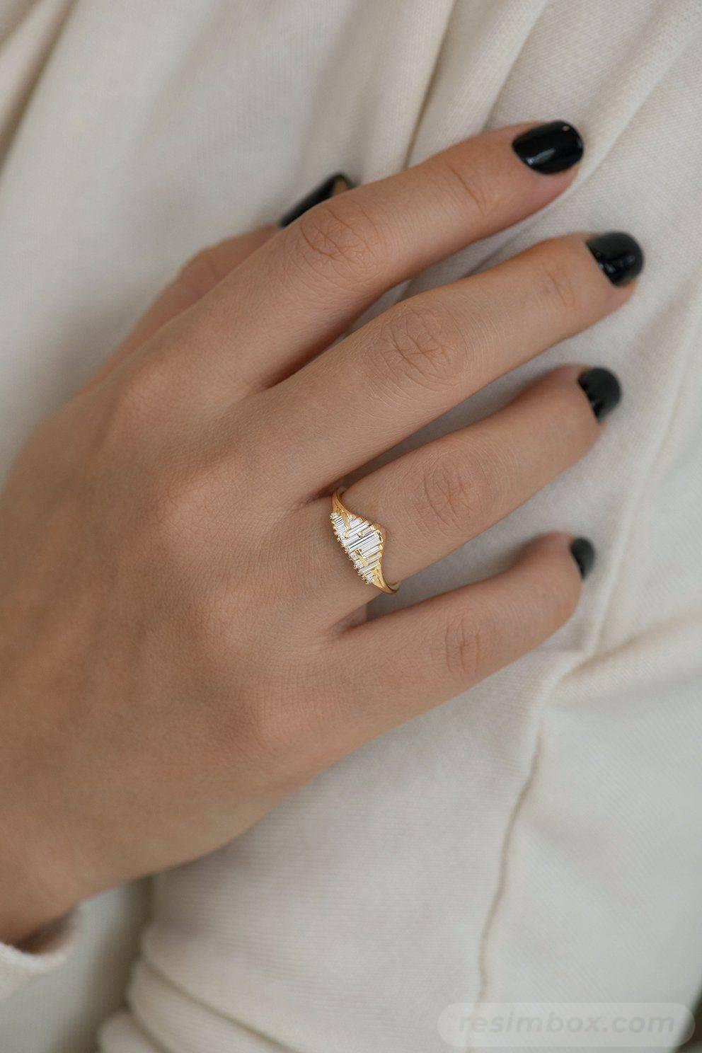 Art deco engagement ring-256705247498386782