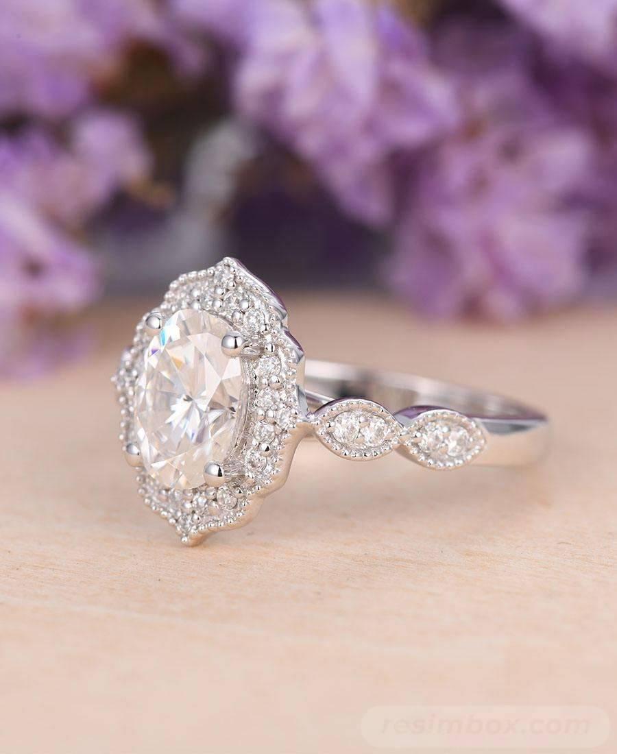 Art deco engagement ring-148196643974592935
