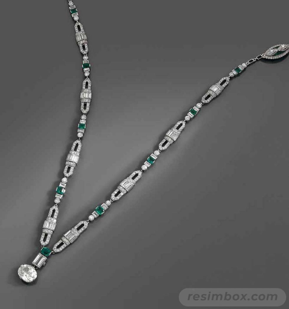 Art deco jewelry-432697476695880264