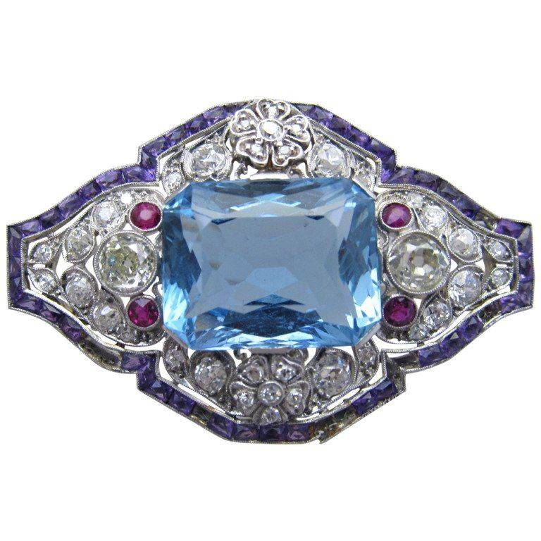 Art deco jewelry-345721708889941792