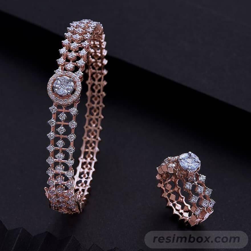 Bangle bracelets-479844535298312580