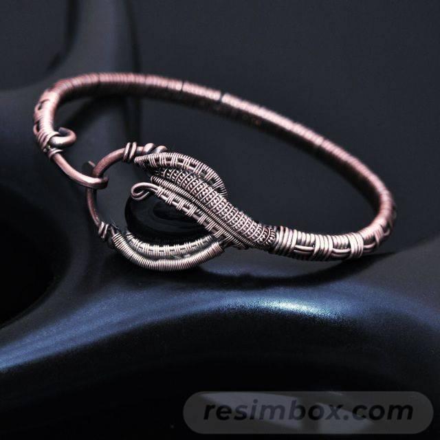 Bangle bracelets-345721708894840031