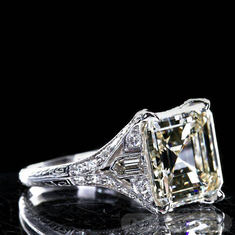 Art deco jewelry-743234744737209739