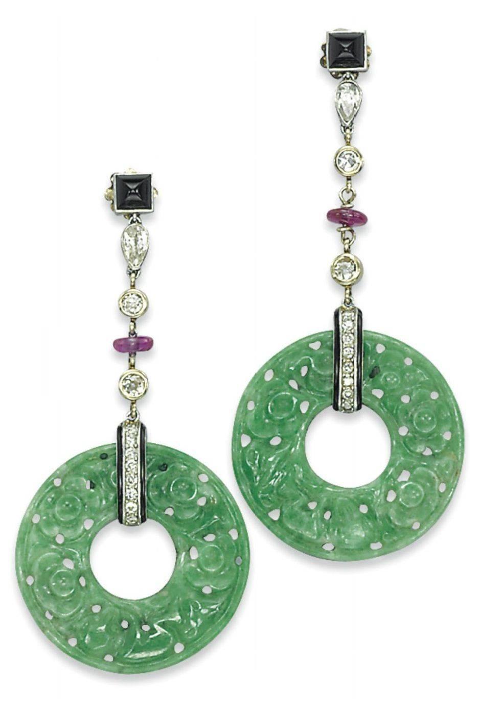 Art deco jewelry-478577897885033040