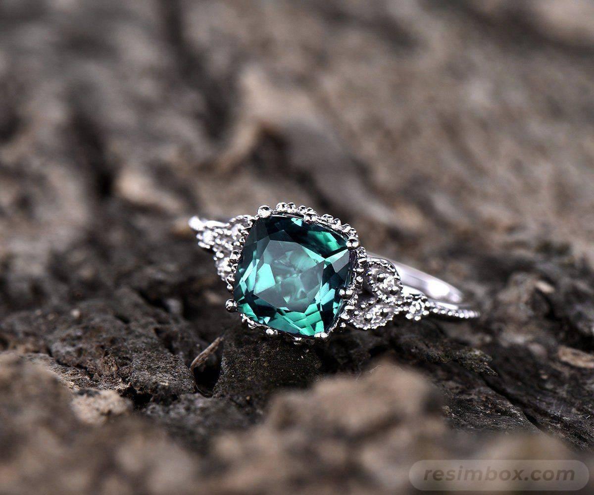 Art deco jewelry-448389706647695266