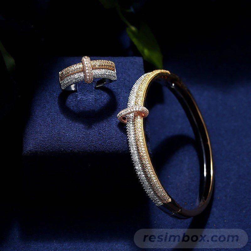 Bangle bracelets-383439355772145897