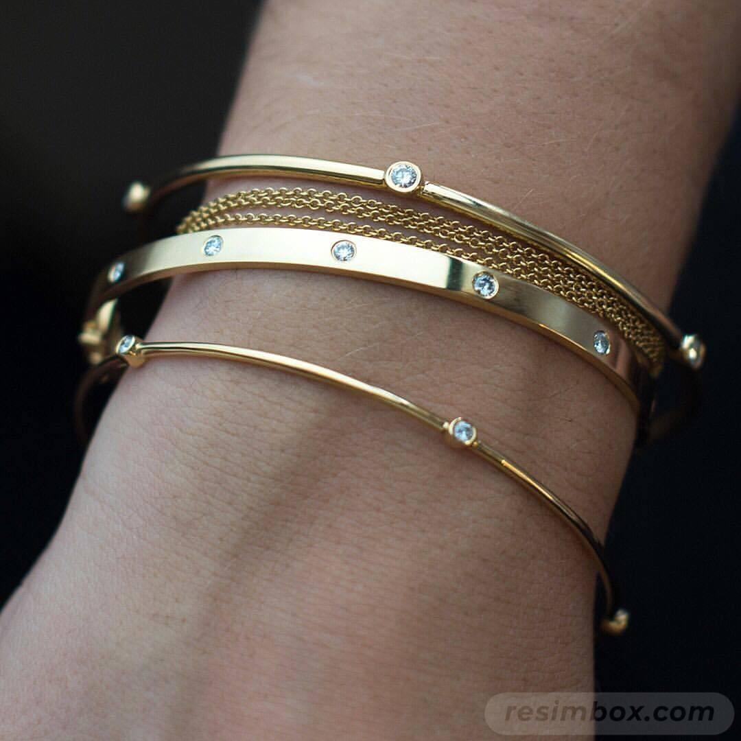 Bangle bracelets-640355640763454310