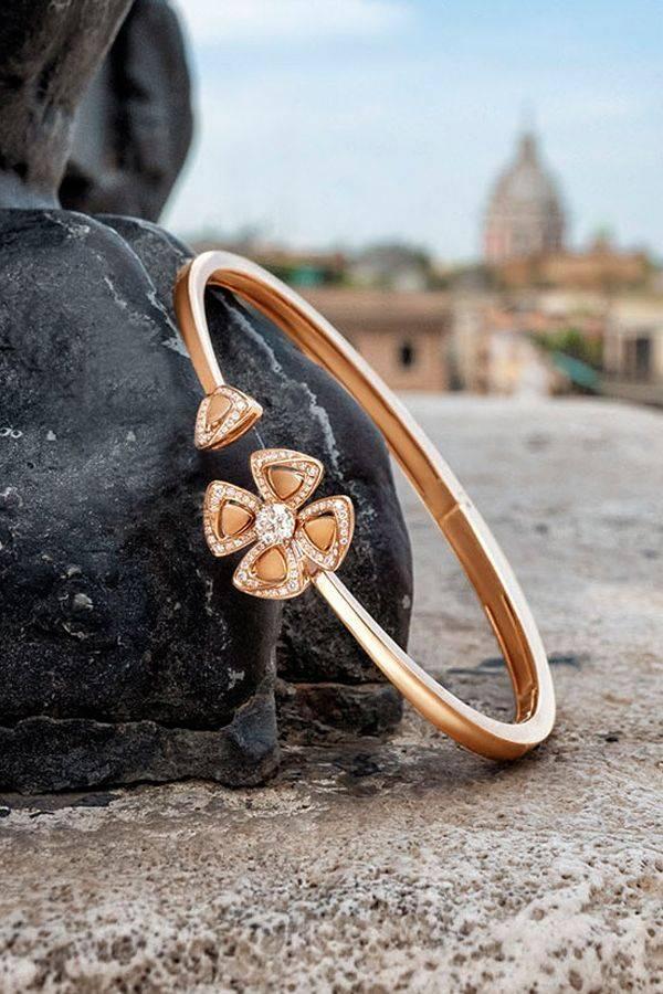 Bangle bracelets-549157748310421055