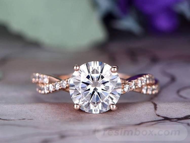 Art deco engagement ring-448811919116803456