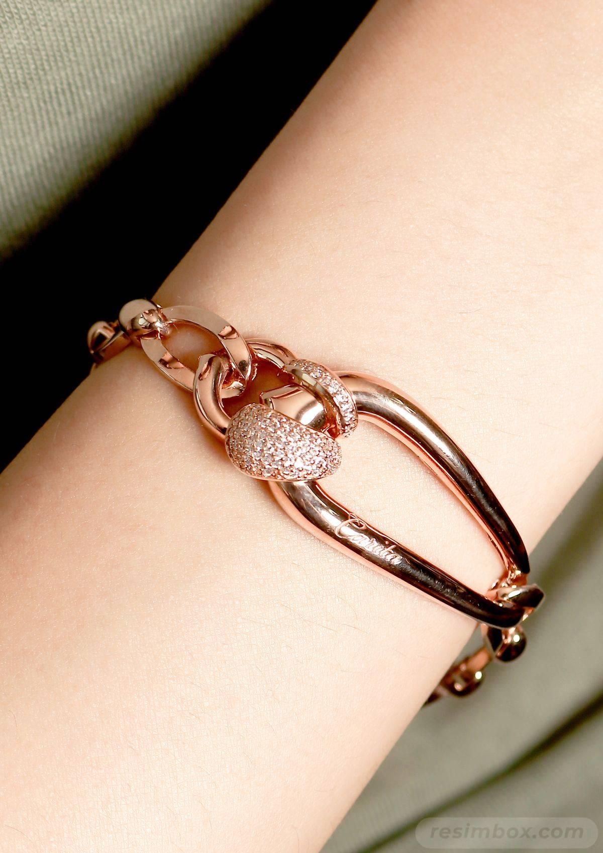 Bangle bracelets-427771664604861585