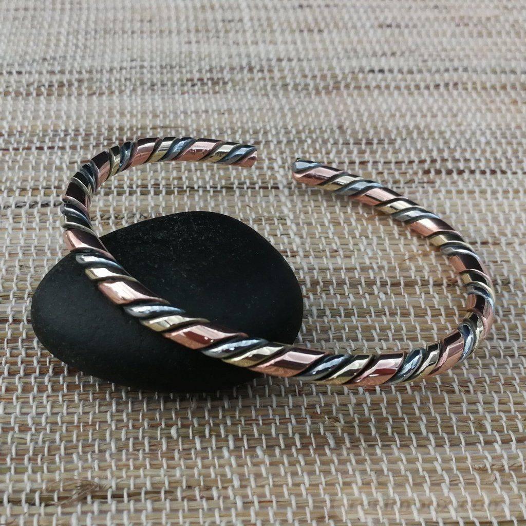 Bangle bracelets-499899627386449420
