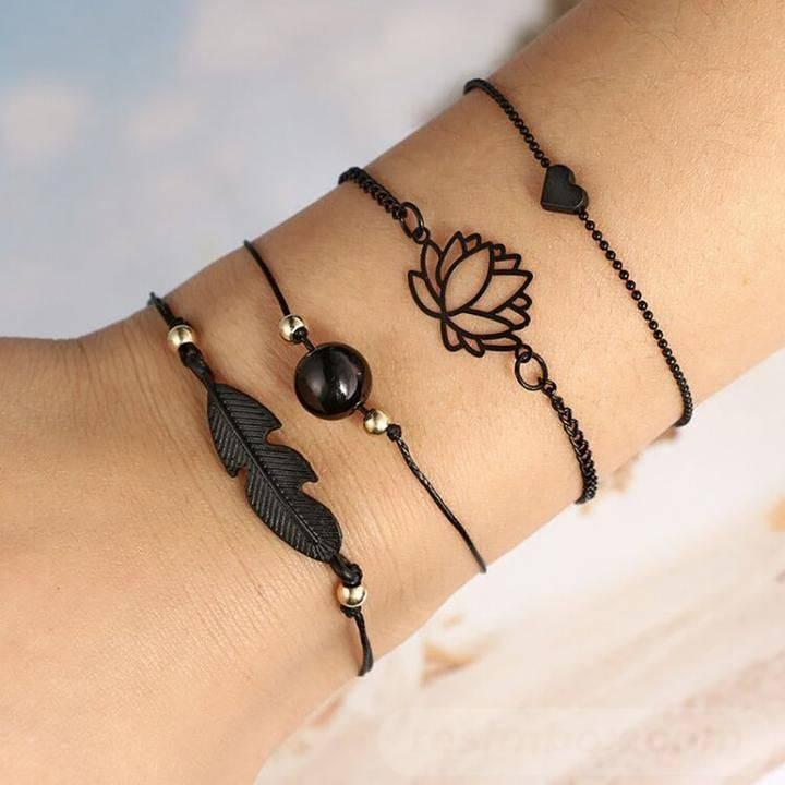 Bangle bracelets-587367976381499308