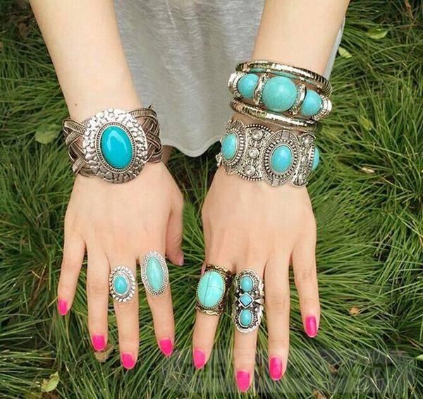 Bangle bracelets-792633603143744028
