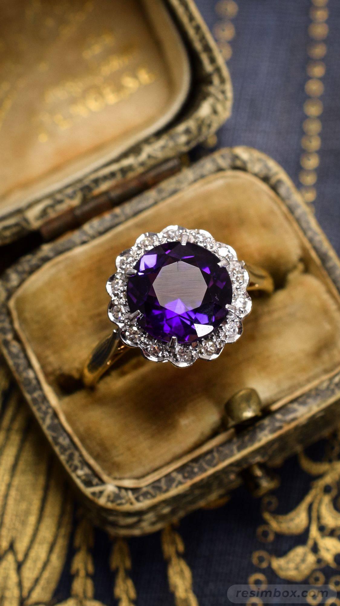 Art deco jewelry-414190496974014856