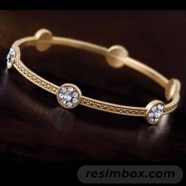 Bangle bracelets-738097826407339634