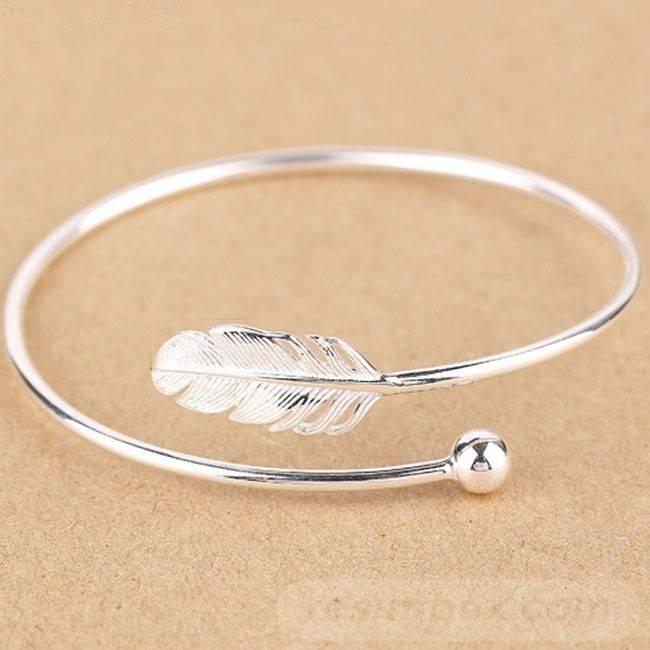 Bangle bracelets-824651381742314859