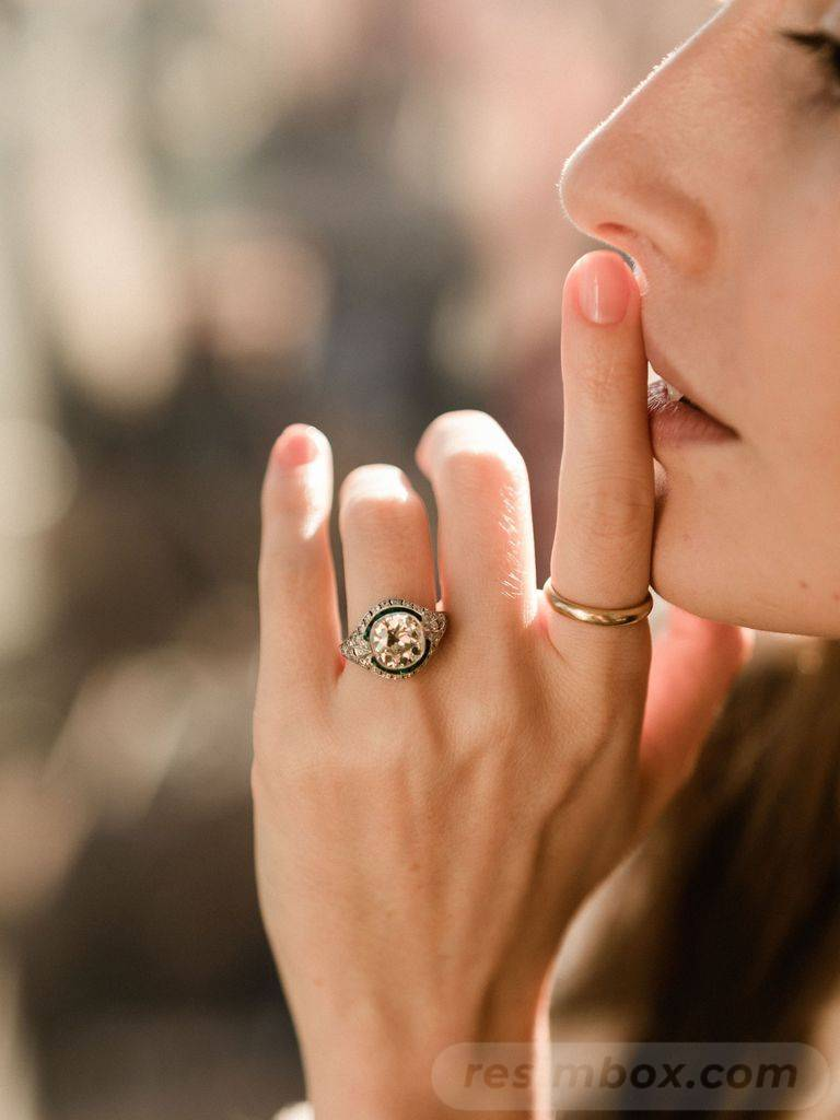 Art deco engagement ring-379569074844353990