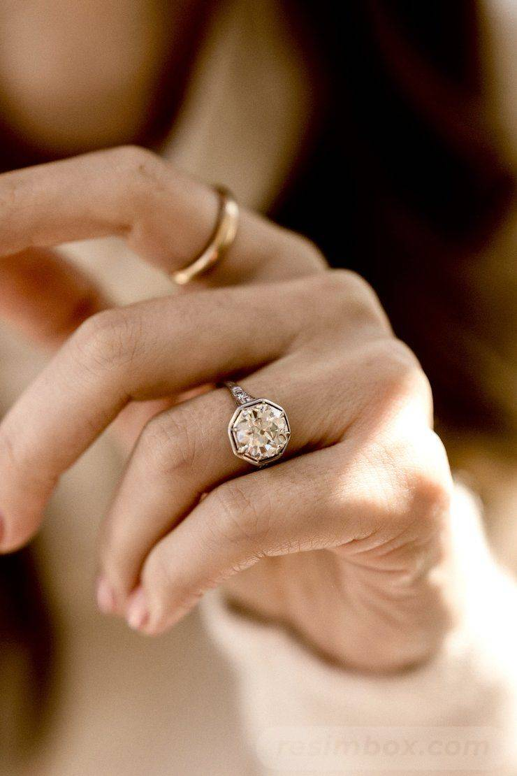 Art deco engagement ring-739575570040606336