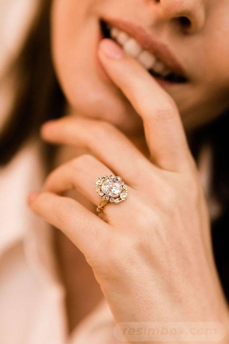 Art deco engagement ring-382594930842017698