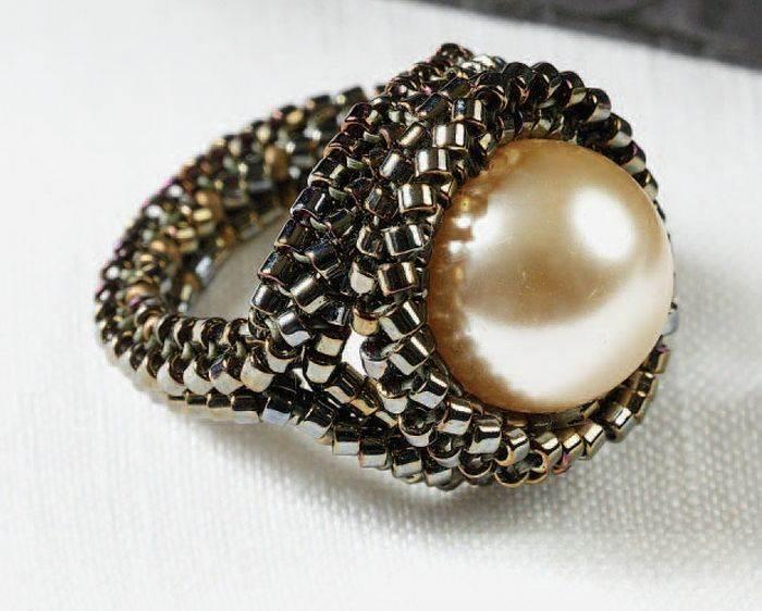 beadingdaily-herringbone-stitch-beading-projects-37647346863051433