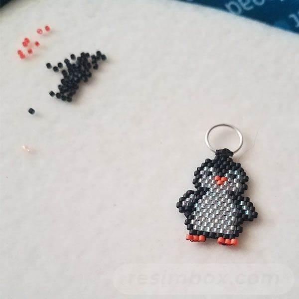 beadingdaily-peyote-stitch-beading-projects-37647346869707856