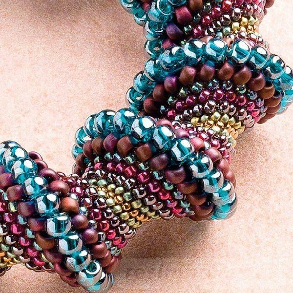 beadingdaily-peyote-stitch-beading-projects-37647346870360982