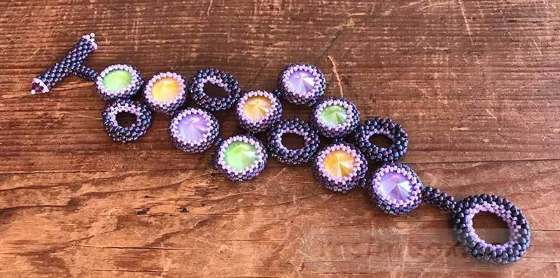 beadingdaily-beaded-bracelet-making-37647346870062028