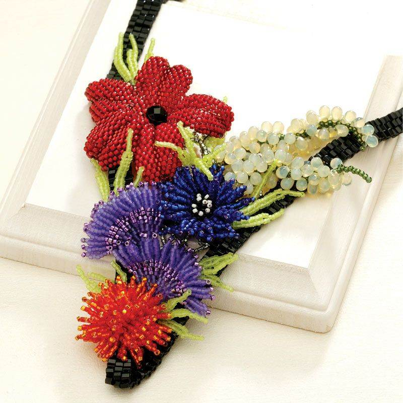 beadingdaily-beaded-ropes-and-beaded-necklace-projects-37647346867144500