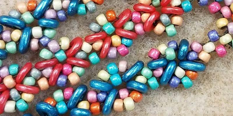 beadingdaily-beading-with-shaped-beads-37647346868324201