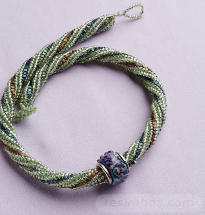 beadingdaily-beaded-ropes-and-beaded-necklace-projects-37647346869559284