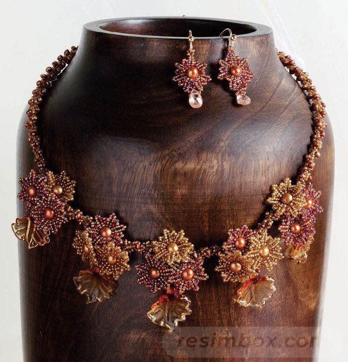 beadingdaily-beaded-ropes-and-beaded-necklace-projects-37647346863143528