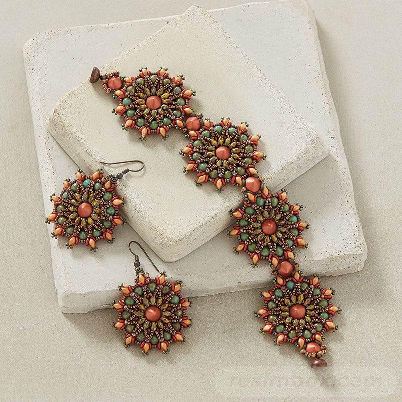 beadingdaily-beading-with-shaped-beads-37647346870496803