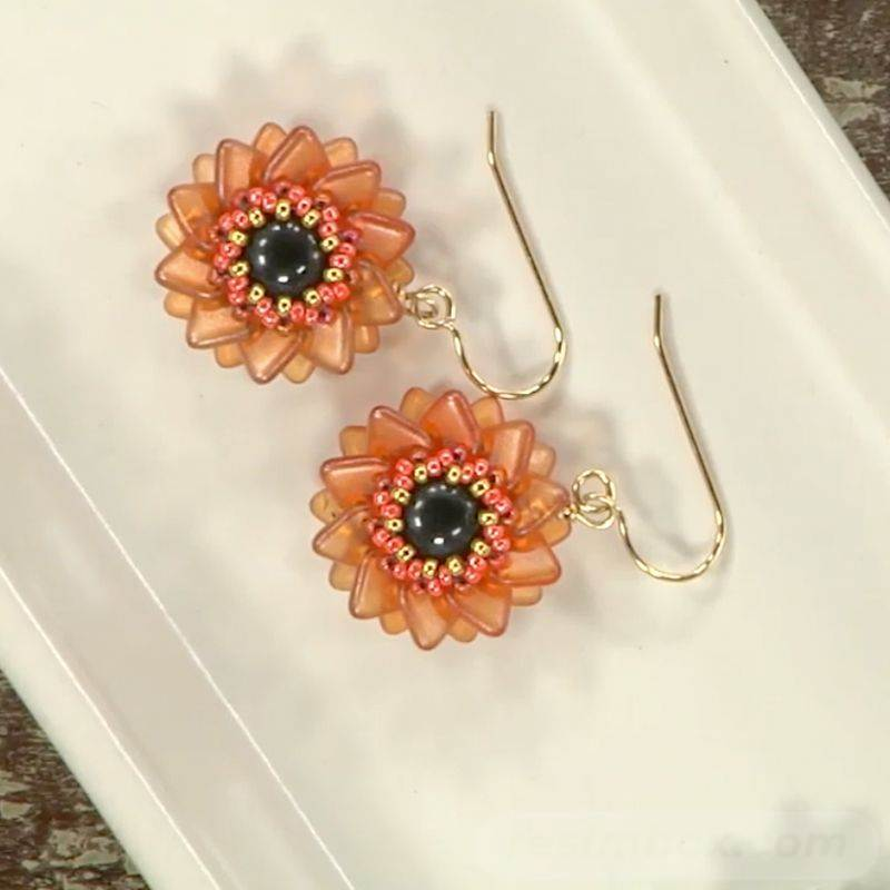 beadingdaily-beaded-beads-37647346867997605