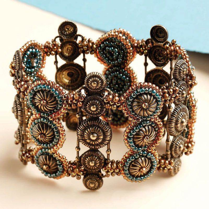 beadingdaily-beaded-bracelet-making-37647346868329618