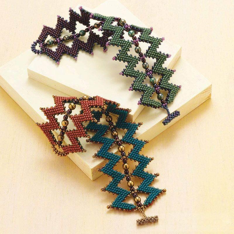 beadingdaily-beaded-bracelet-making-37647346868329606