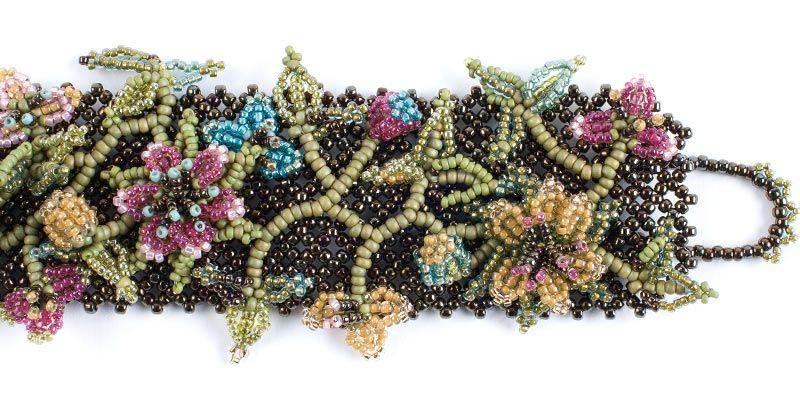 beadingdaily-beaded-bracelet-making-37647346867144484
