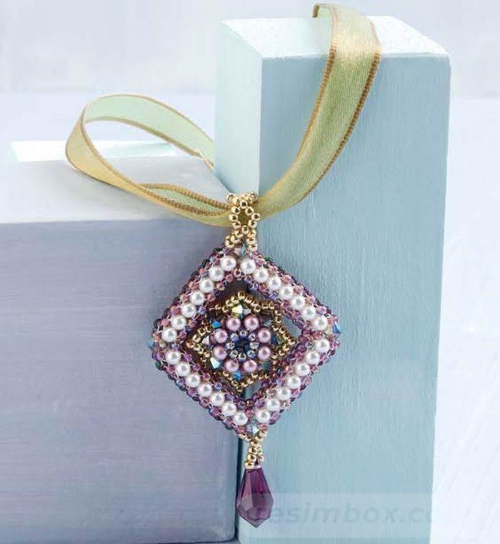 beadingdaily-beaded-beads-37647346865391078