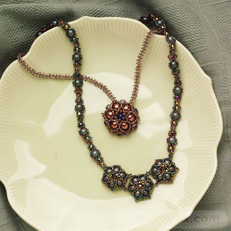beadingdaily-beaded-ropes-and-beaded-necklace-projects-37647346868964140