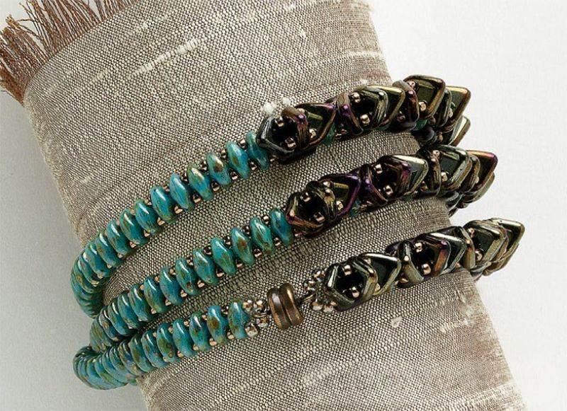 beadingdaily-beading-with-shaped-beads-37647346865414145