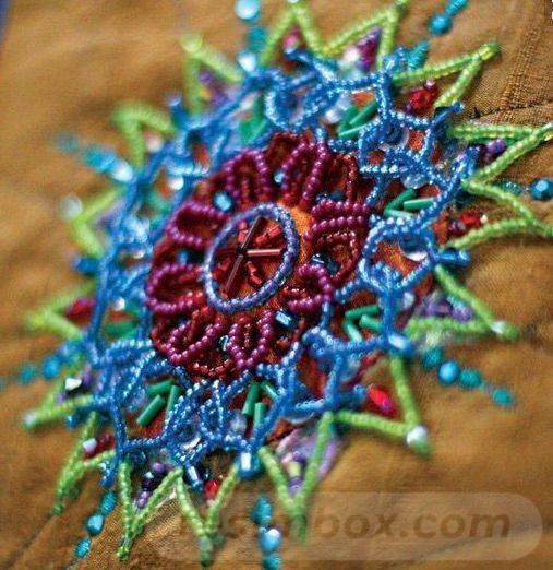 beadingdaily-bead-embroidery-patterns-tutorials-37647346869872781